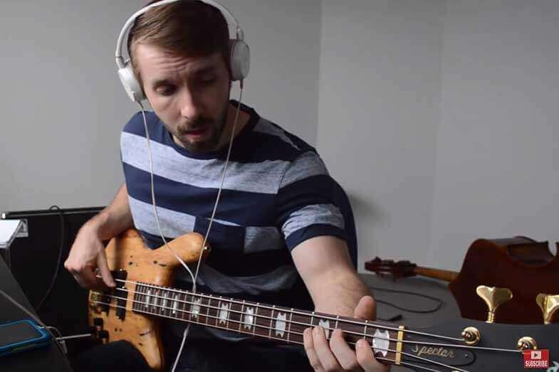 How to Play Bass Guitar by Ear Step by Step