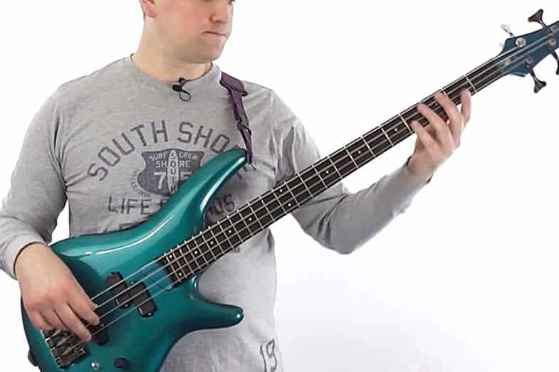 playing bass guitar by ear