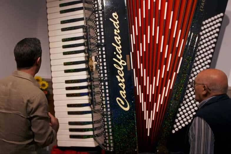 who makes a lightweight accordion