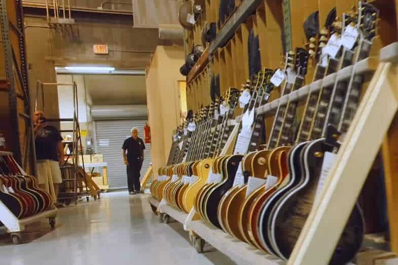 Why Are Gibson Guitars so Expensive? Are They Worth the Money?