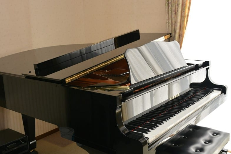cost of a grand piano