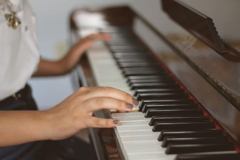 Can You Teach Yourself to Play the Piano?