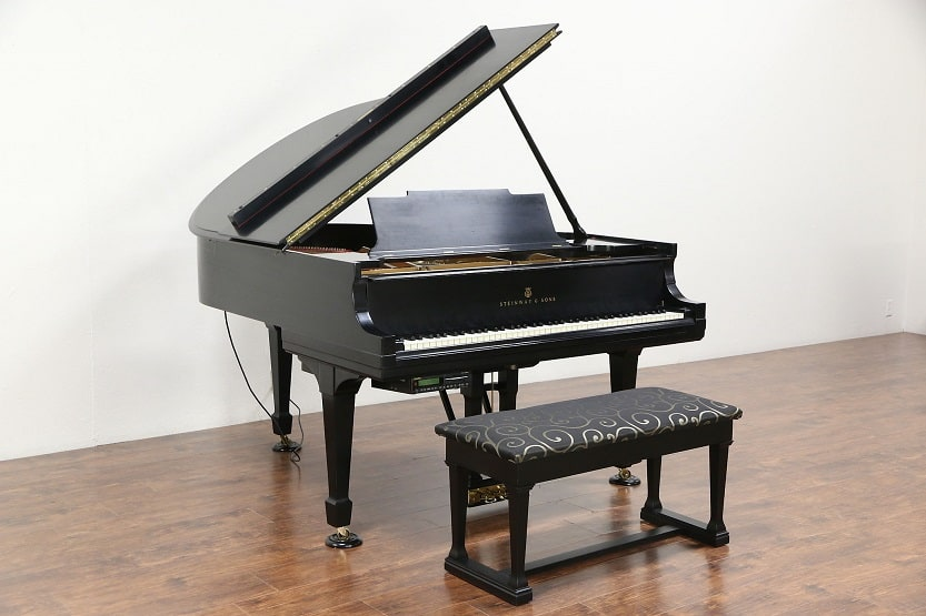 How Much Does a Piano Weigh? (Upright, Grand, and More)
