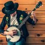How to Play Banjo - 10 Tips for Beginners