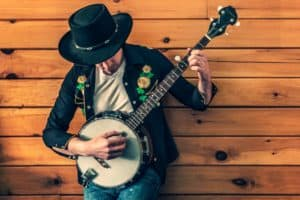 How to Play Banjo – 10 Tips for Beginners