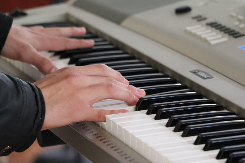 Best 88-Key Digital Pianos with Weighted Action Keys (Touch Sensitive) [Reviews]