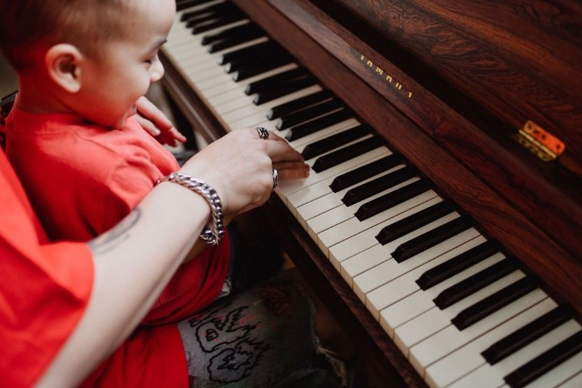 how hard is it to learn piano