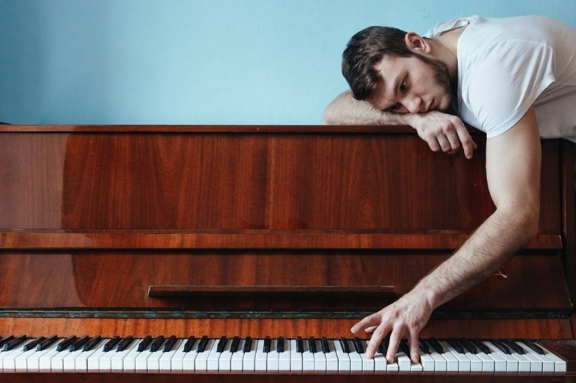 how hard is it to play piano