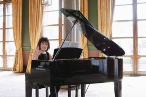 Read more about the article Yamaha Hybrid Pianos [Specs and Review]