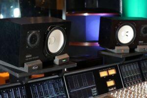 Read more about the article Yamaha NS-10 Specs and Review
