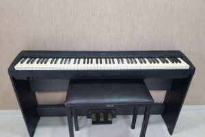 Read more about the article Yamaha P-85 Specs and Review