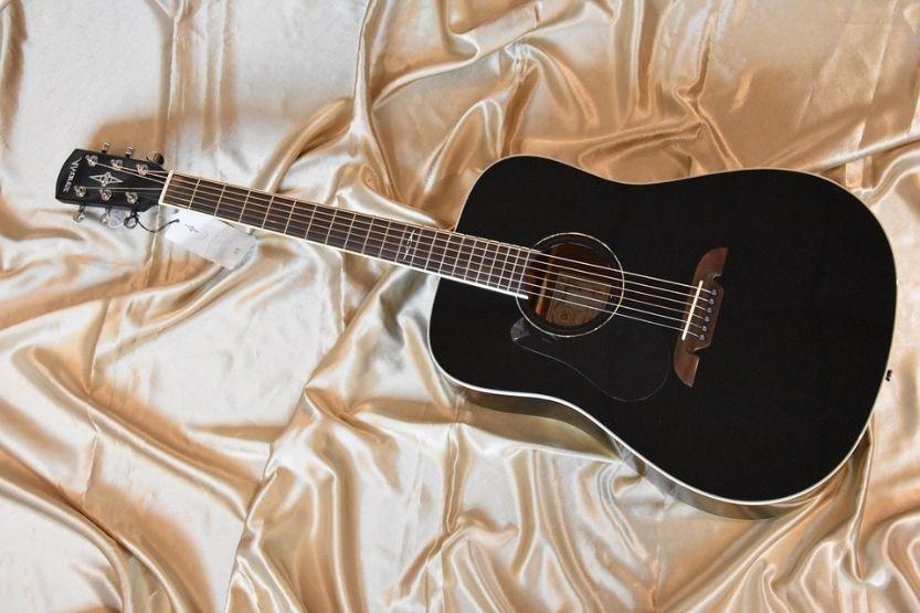 alvarez guitars