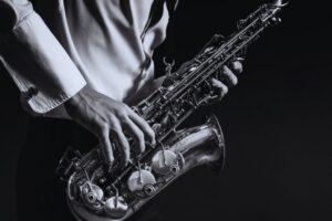 Read more about the article Alto Vs Tenor Sax