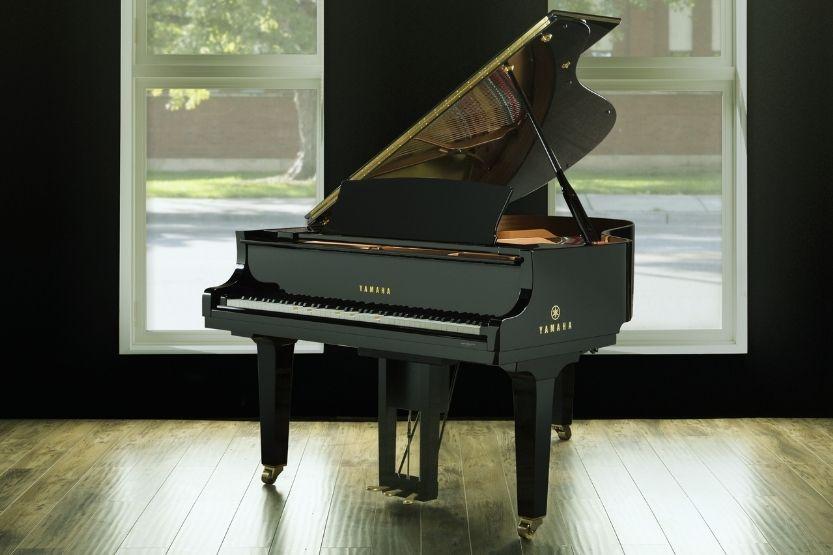 Yamaha Disklavier Enspire ST Hybrid Piano