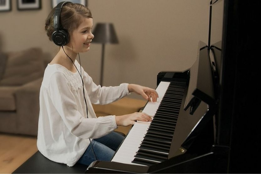 Yamaha Silent Hybrid Piano Specs and Review
