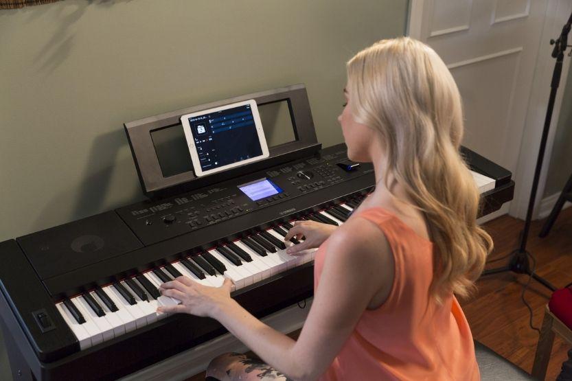 yamaha portable digital piano with 88 full-sized keys