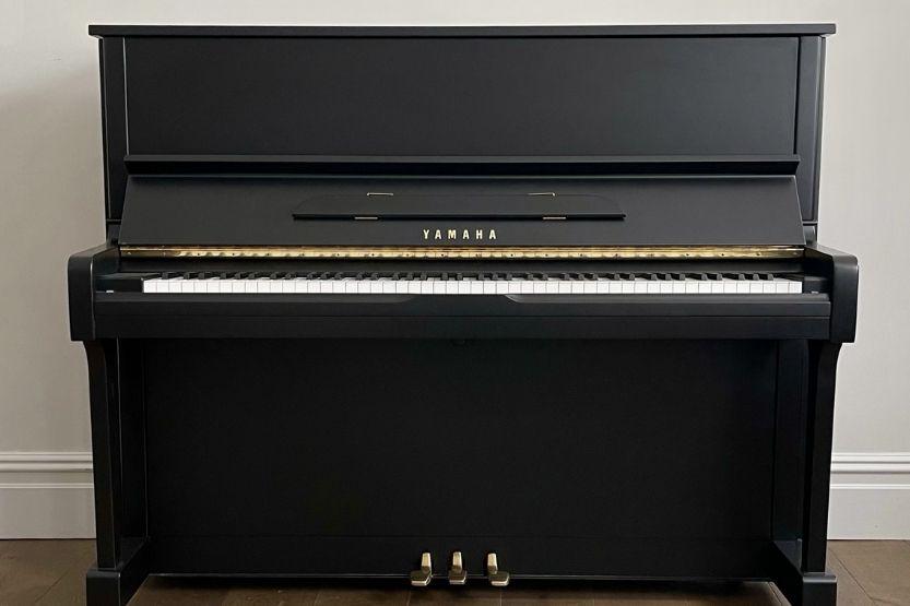yamaha u1 upright piano dimensions