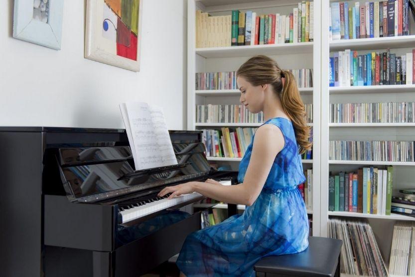 avant grand piano